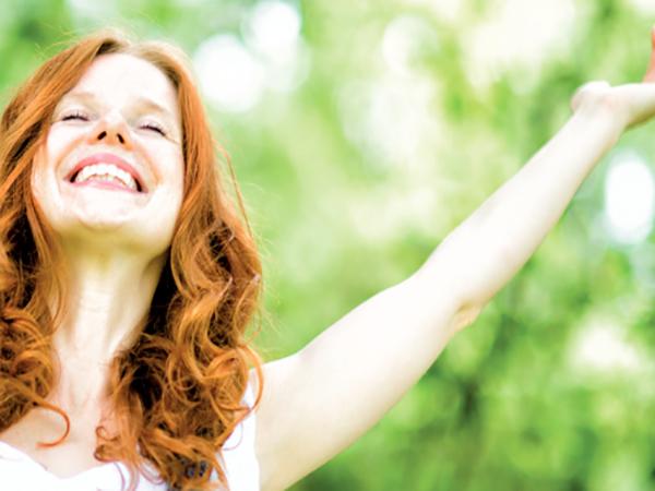 Weiches, glänzendes Haar steht für Attraktivität und Vitalität. Doch wer hat schon das perfekte Haar?